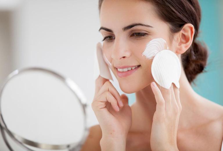 Chăm sóc da đúng cách mỗi ngày để cải thiện sức khỏe tổng thể của da