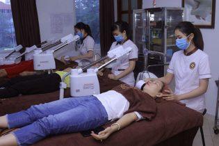 Dịch vụ chăm sóc da chuyên sâu/cao cấp tại Viện Da liễu giúp chăm sóc đẹp từng ngày