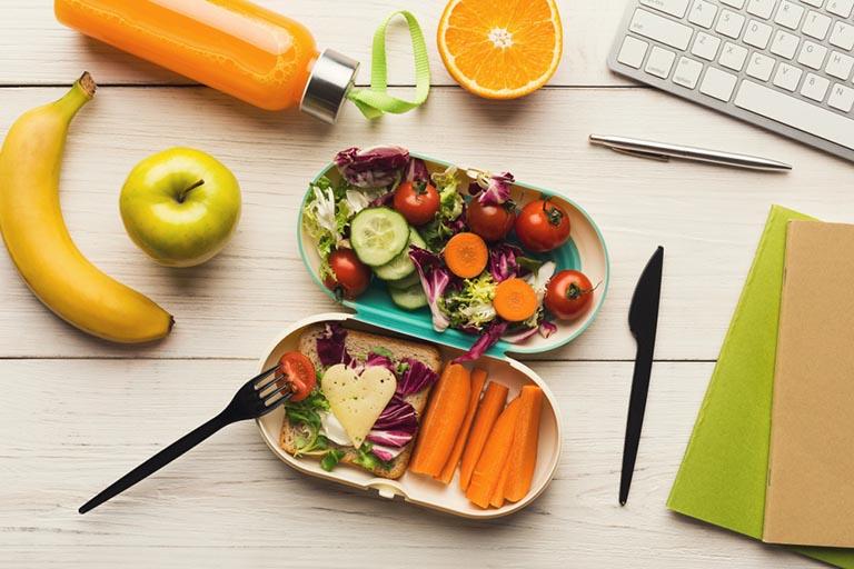 Nên xây dựng chế độ ăn lành mạnh để hỗ trợ điều trị bệnh tốt