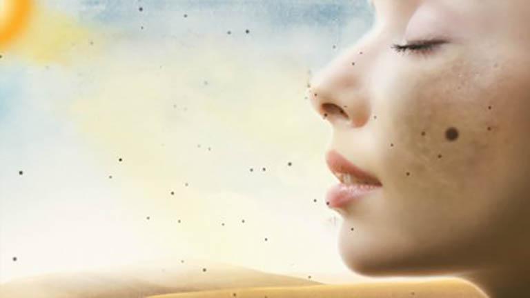 Để da tiếp xúc lâu dưới ánh nắng mặt trời dễ gây nám sạm