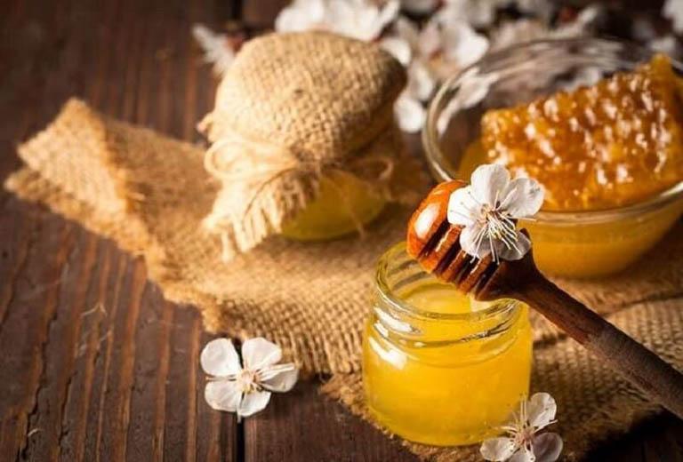 Mật ong chứa nhiều khoáng chất và vitamin tốt cho làn da