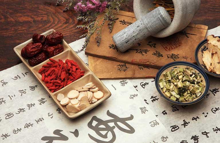 Những bài thuốc Đông y có tác dụng giúp điều trị bệnh tận gốc và không lo tái phát