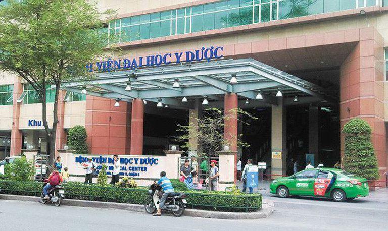 Bệnh viện Đại học Y dược TP.HCM là địa chỉ chữa mụn an toàn, hiệu quả mà bạn nên ghé qua