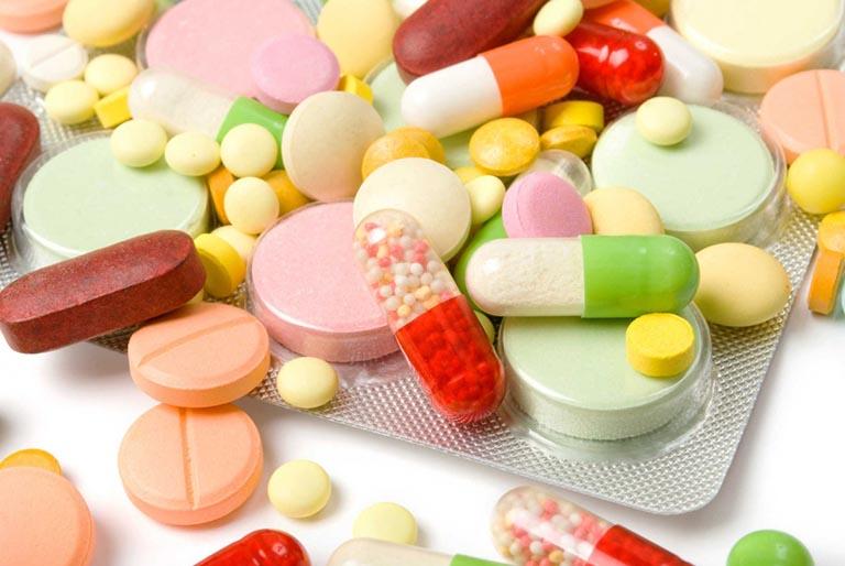 Các loại thuốc Tây y được dùng phổ biến trong điều trị bệnh mề đay