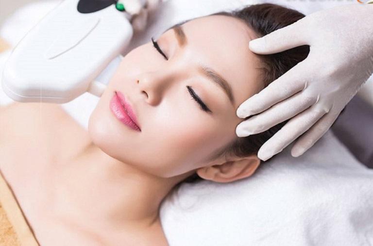 Trị mụn công nghệ cao Laser acne đang là lựa chọn của đông đảo khách hàng hiện nay