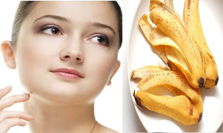 Vỏ chuối giúp loại bỏ lớp da chết và trị mụn cám hiệu quả