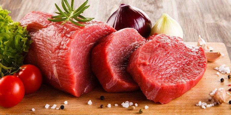Người đang trong giai đoạn trị sẹo không nên sử dụng thịt bò