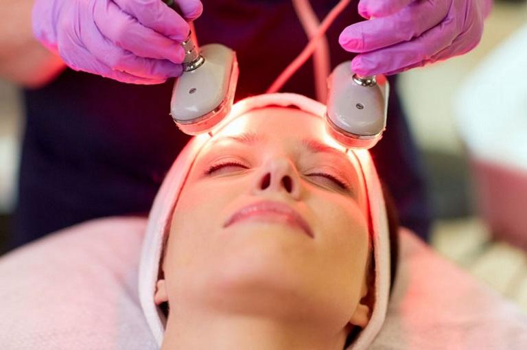 Trị mụn bằng công nghệ Laser là phương pháp làm đẹp được nhiều người áp dụng