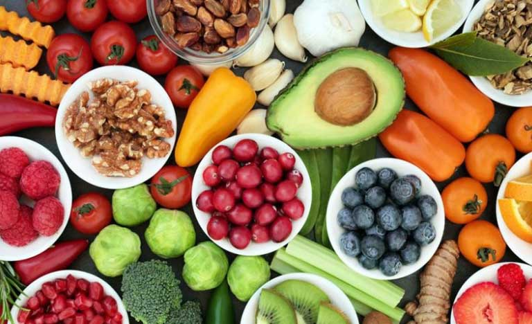 Bổ sung dưỡng chất từ bên trong giúp ngừa nám hiệu quả