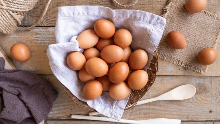 Lòng trắng trứng gà giúp hỗn trợ điều trị mụn nhanh chóng